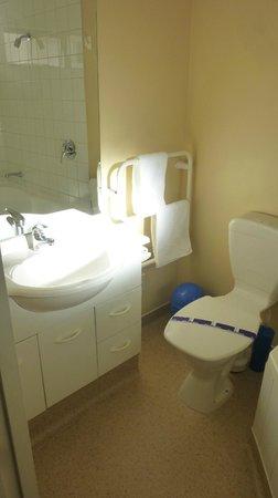 Westport Spa Motel: Bagno