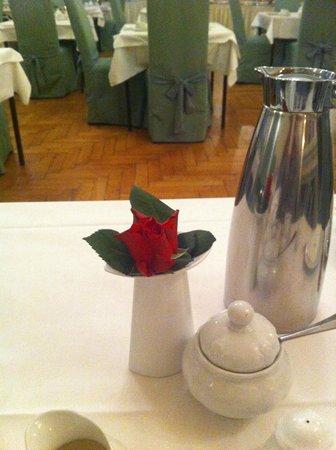 Hotel Schwarzer Baer: lovely breakfast venue