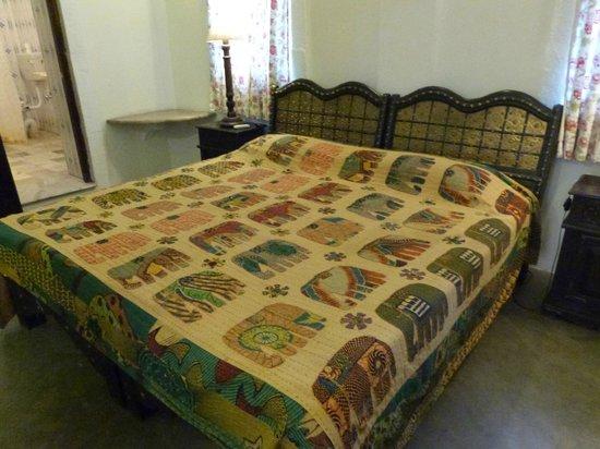 Haveli Inn Pal: un lit agréable