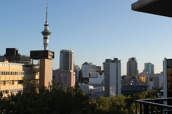 Amora Hotel Auckland: The sky tower