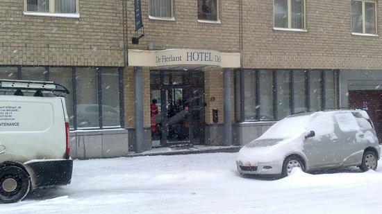 Hotel de Fierlant: front of hotel