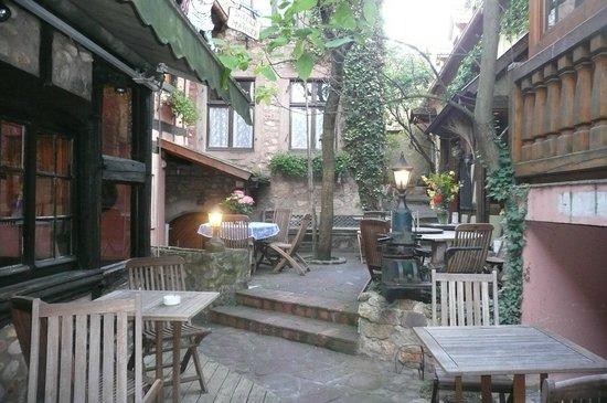 Hôtel Chez Norbert : Cour intérieure