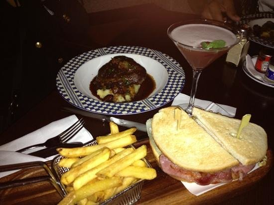 The Westin Dublin: Mint Bar beef cheeks, cocktails and best chips!