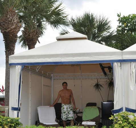 Clearwater Beach Marriott Suites on Sand Key : Cabana days
