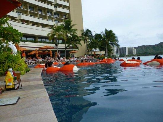 Sheraton Waikiki: インフィニティーエッジプール