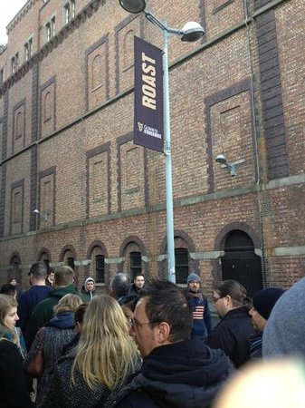 Westin Dublin: line outside the Storehouse
