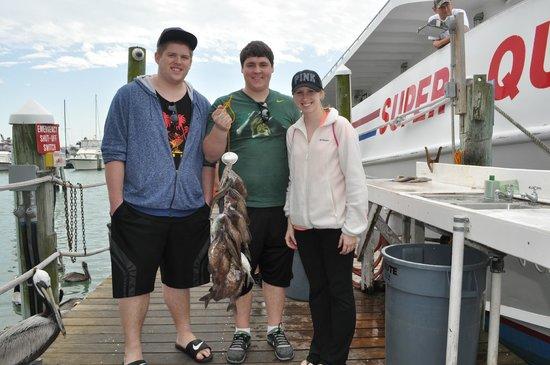 Fish on picture of queen fleet deep sea fishing for Queen fleet deep sea fishing