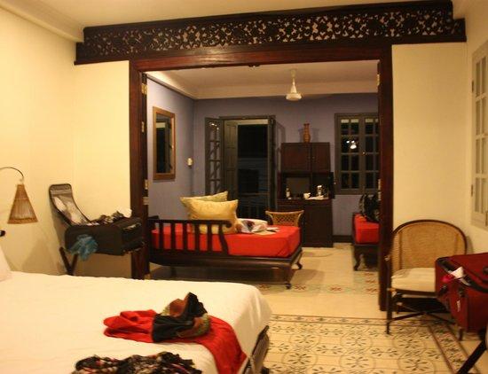 Lotus Villa Boutique Hotel: Bed to balcony