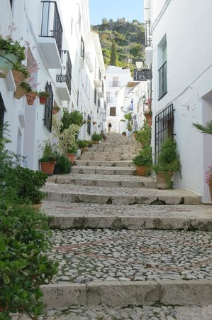 Nerja Club: Pretty street in Frigiliana