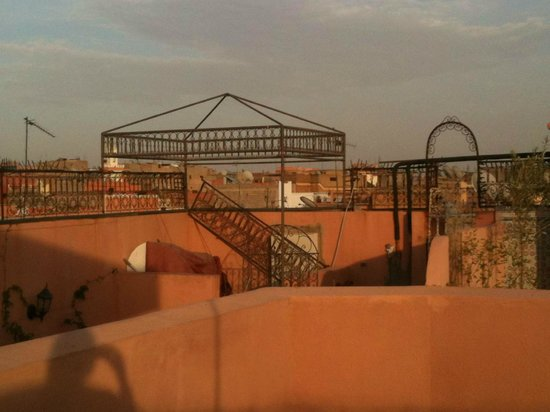 Riad Amira Victoria: Rooftop views.
