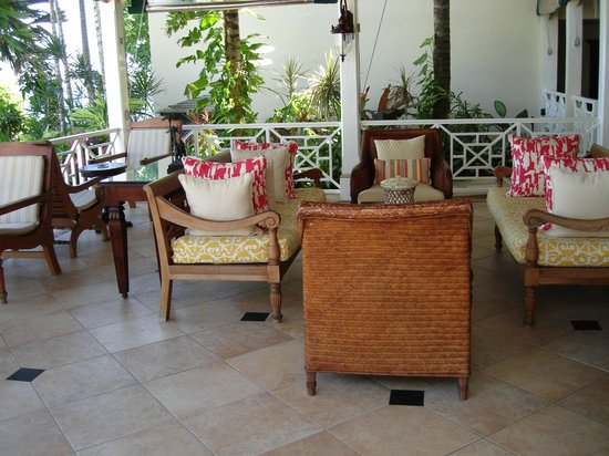 Sandals Royal Plantation: The 'Smoking Lounge' (not a bad way to end your day!)