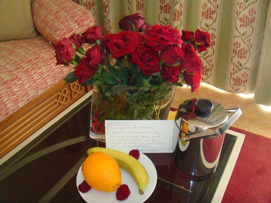 Kempinski Hotel Soma Bay: Begrüssung im Zimmer