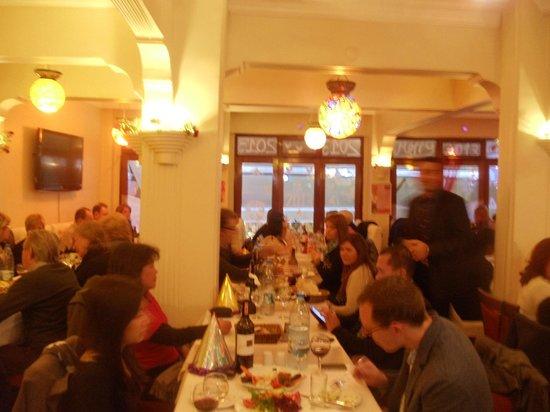 Ares Hotel: Grand Floor Restaurant