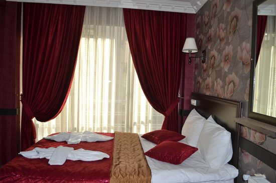 Ares Hotel Istanbul: Triple Room