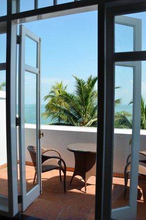 Eastern & Oriental Hotel: View