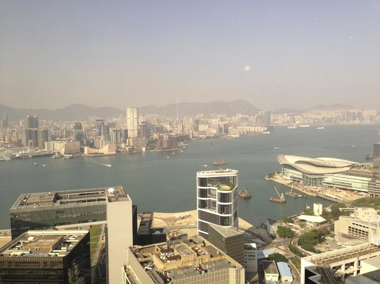 Island Shangri-La Hong Kong: View from room