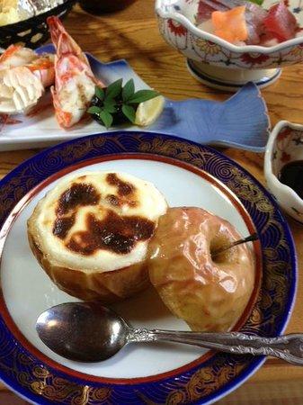 Takanoya: りんごのグラタン