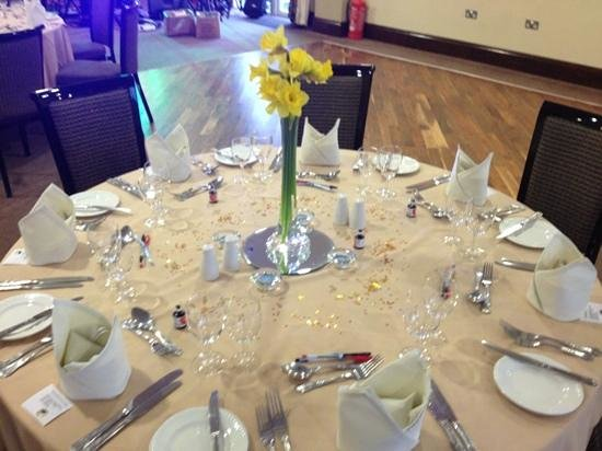 Plas Hyfryd Country Hotel : tables