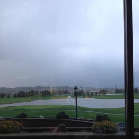 Northview Golf and Country Club:                                     view from Duffy's bar