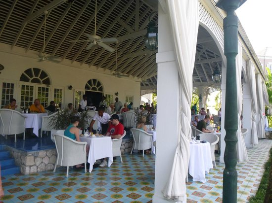 Couples Sans Souci: About to enjoy another incredible breakfast