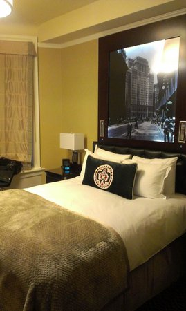 The Algonquin Hotel Times Square, Autograph Collection: guest room