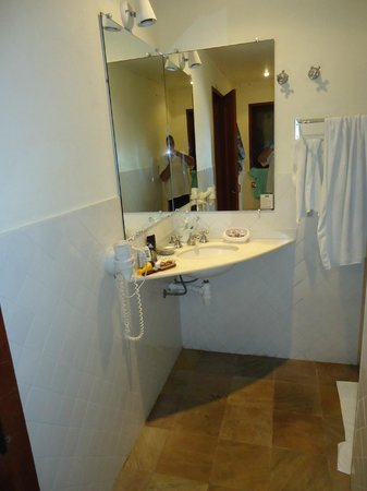 Barra do Piuva Porto Hotel: El baño