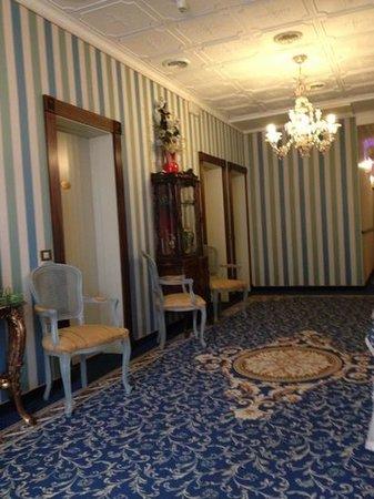 Hotel Violino d'Oro: Interno, primo piano.