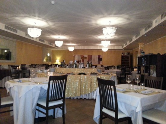 Hotel Helvetia Thermal Spa: sala da pranzo