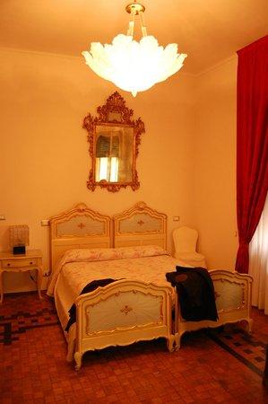 La Casa di Flora : room