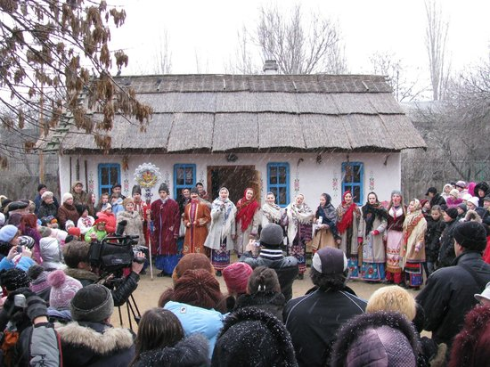 Nikolaev Zoo: Дедова хата