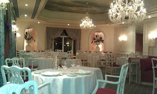 Olissippo Lapa Palace: The elegant Dinning room