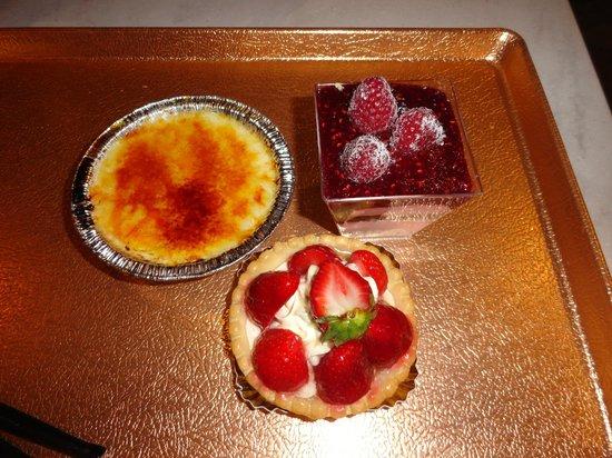Les Halles Boulangerie Patisserie:                   So good!!
