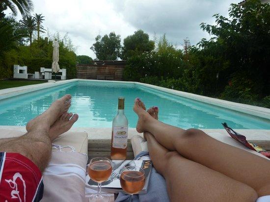 Villa La Begude: At the pool...