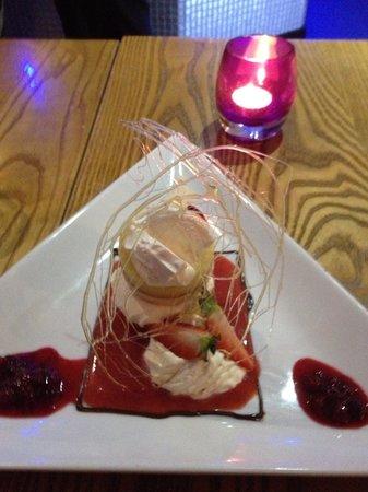 Plough & Harrow: Dessert
