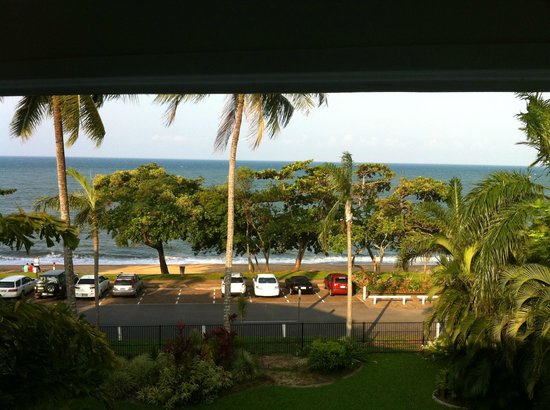 Roydon Beachfront Apartments: View from balcony