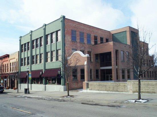 Greater Lansing Visitors Center:                   Great Lansing Visitors Center - Lansing, MI
