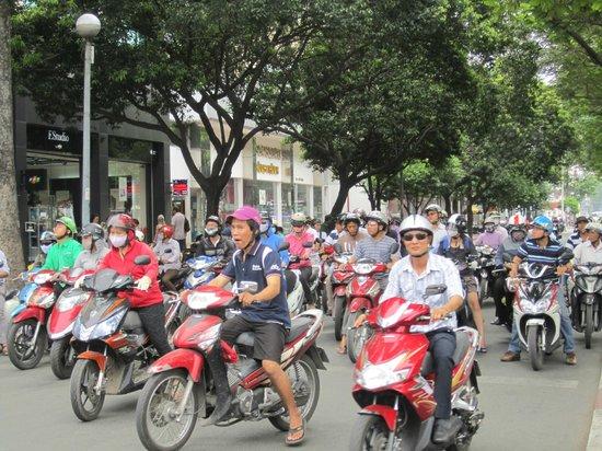 Signature Saigon Hotel: Saigon!