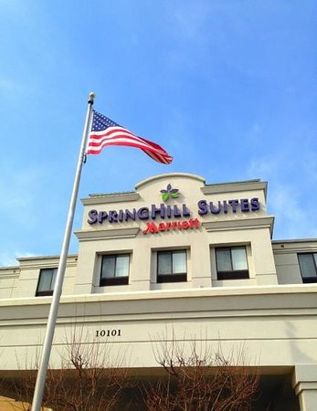 SpringHill Suites Louisville Hurstbourne/North: Front of hotel
