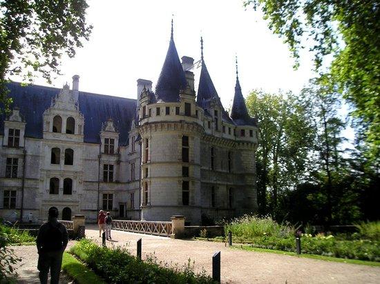 Chateau of Azay-le-Rideau: Entrée du château