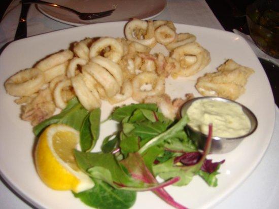 Carmelina Italian Restaurant: Flash fried calamari