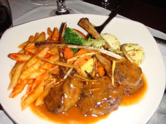 Carmelina Italian Restaurant: Rack of lamb