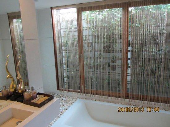 Tango Luxe Beach Villa: Ванная комната
