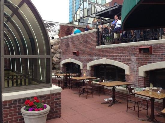 Reata Restaurant The Roof Top Bar And Tables