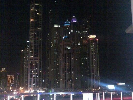 Radisson Blu Hotel, Dubai Media City: View from Tamanya .....
