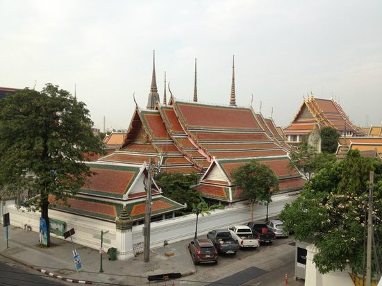 Chetuphon Gate: View of Wat Pho from Bedroom