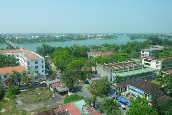 Imperial Hotel: view of the perfume river from the room