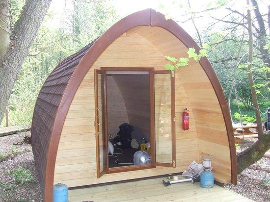 Deer's Glade Caravan & Camping Park: Standard Pod