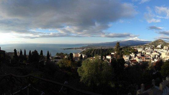 Casa Cuseni B&B: View from Balcony