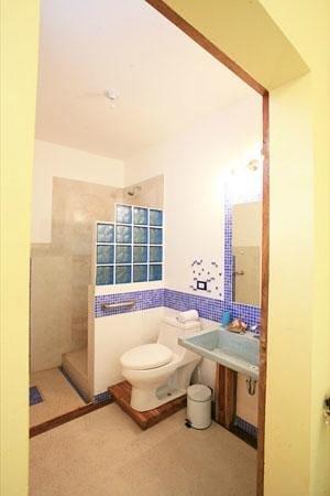 Principe del Pacifico: Blue Apartment