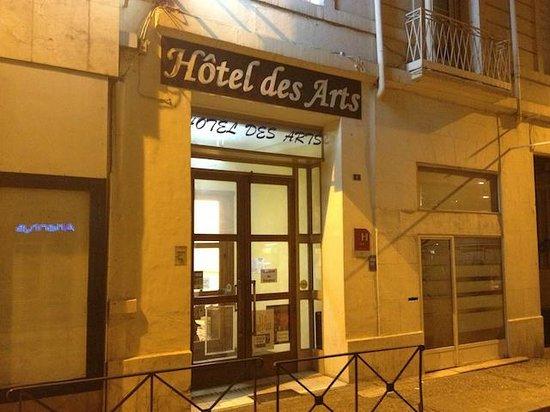 Hotel des Arts : L'hôtel, vue extérieur